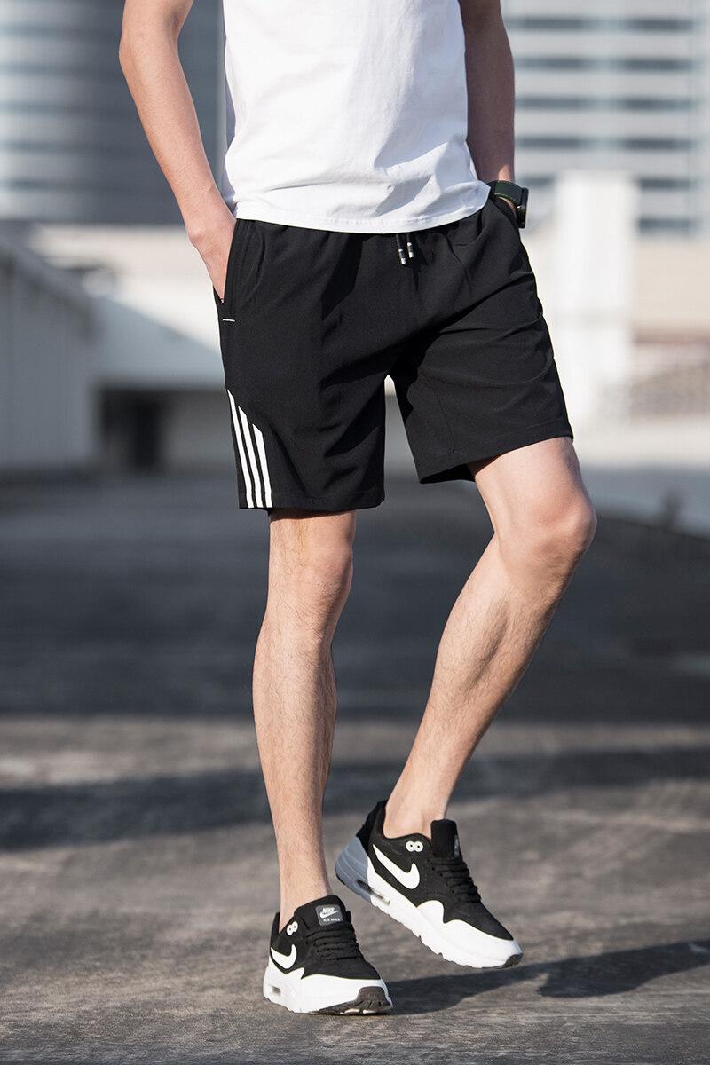 三条杠短裤男夏季2018新款潮修身5分中裤沙滩裤男跑步休闲运动裤