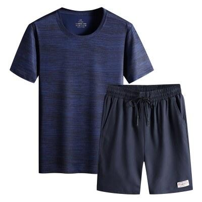 男士休闲运动套装夏季冰丝速干T恤短袖短裤青年健身大码两件套薄