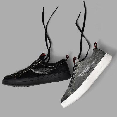 男士真皮潮鞋新款韩版舒适百搭休闲青春学生原宿风休闲鞋个性板鞋