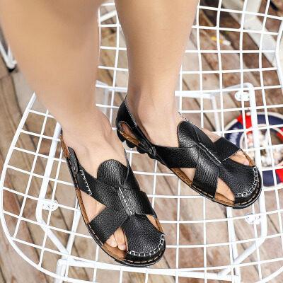 新品直销青年皮凉鞋男士韩版时尚洞洞鞋潮鞋运动休闲透气包头凉鞋