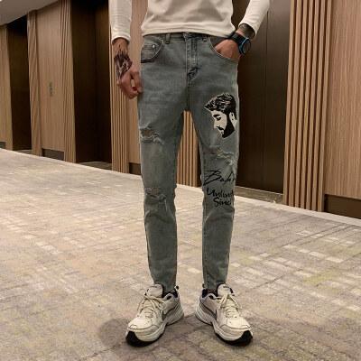 2019新款韩版牛仔裤男社会小伙破洞字母印花修身小脚乞丐裤九