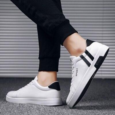 不赚只冲量!!新款百搭学生板鞋小白鞋