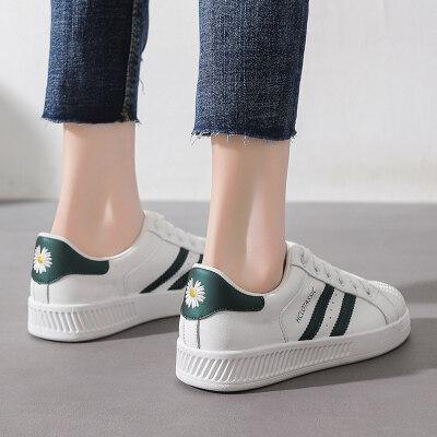 女鞋小白鞋板鞋学生休闲鞋机注鞋系带平底刺绣