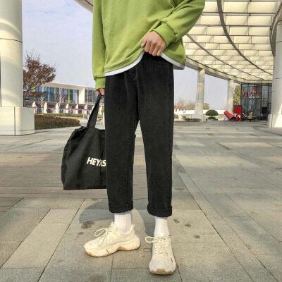 C03 开春港风新款货足2020牛仔裤 九分裤黑色百搭下装 9分男裤子