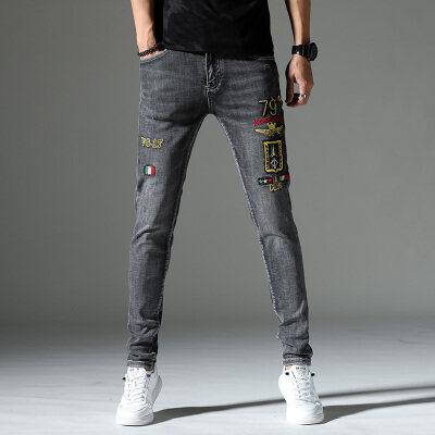 2020四季款新款牛仔裤刺绣修身小脚