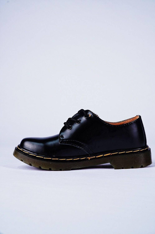 14611461 夏季英伦风格马丁靴明星同款3孔真皮小皮鞋