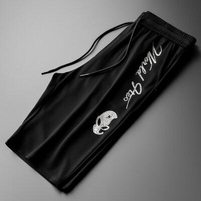男士烫钻外星人短裤裤男潮牌2020夏季薄款休闲五分沙滩中裤