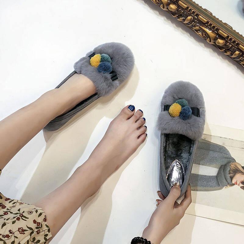 欧洲站豆豆鞋女冬季2020新款平底毛毛鞋外穿加绒兔毛单鞋大码女鞋