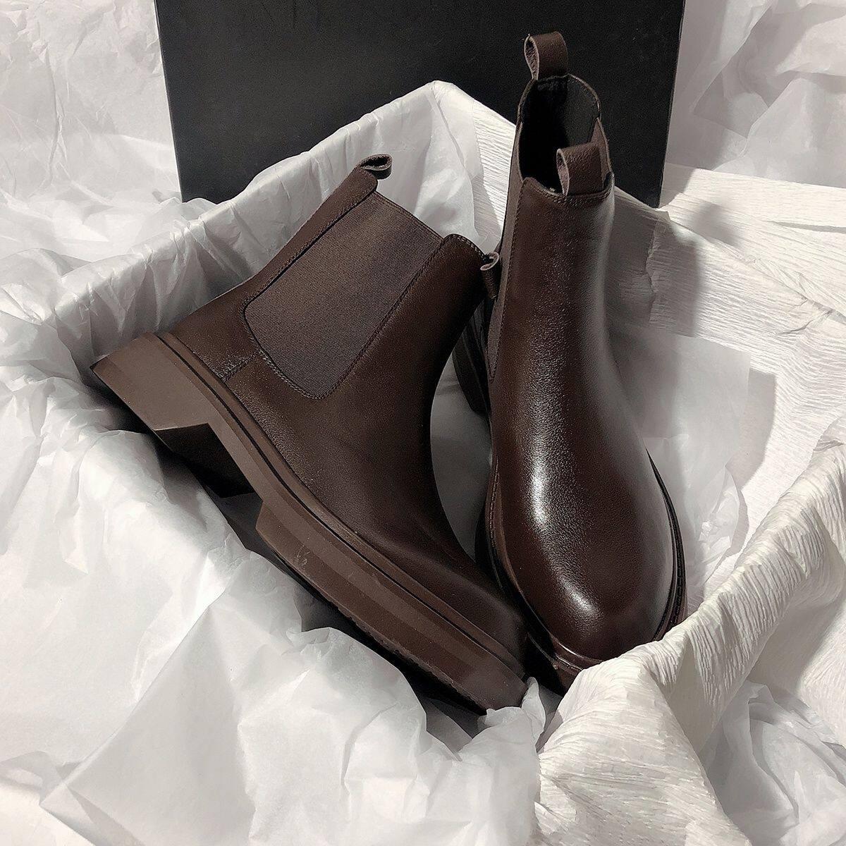 bv棕色切尔西烟筒短靴女2020新款一脚蹬马丁瘦瘦靴女ins短筒平底