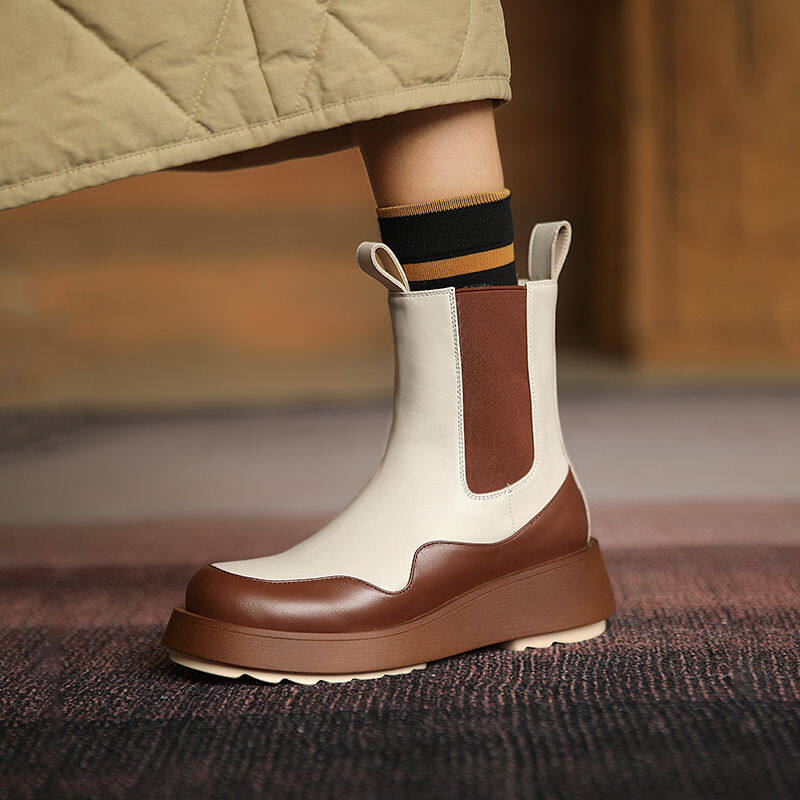 厚底白色短靴马丁靴女英伦风2020年秋新款显脚小冬季加绒烟筒靴女