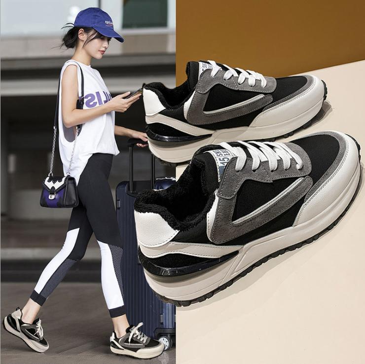 M777韩版休闲运动阿甘鞋加棉增高4厘米百搭冷粘流水线精品包装